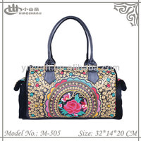 2015 fashion embroidered women's bag beautiful velvet handbag