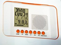 LCD Alarm Clock With retro alarm clock radio