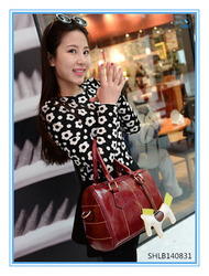 Wine Red PU Leather Handbag Woman Bucket Bag With Horse Accessory