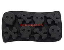Durable Kitchen Use Frozen Ice Tray Skull &Bone FDA Silicone Ice Cube Tray, Halloween Ice Cube Mold
