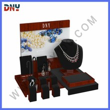 Solid wood display,MDF commercial jewelry display with backboard picture