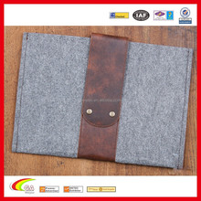 Grey 13'' Felt Sleeve with Leather Fold and Metal Buttons Closure, Wholesale Leather Felt Case for Macbook