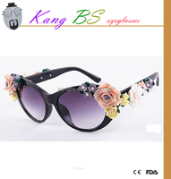 sun glasses for girls with flowers which is cheap and hot