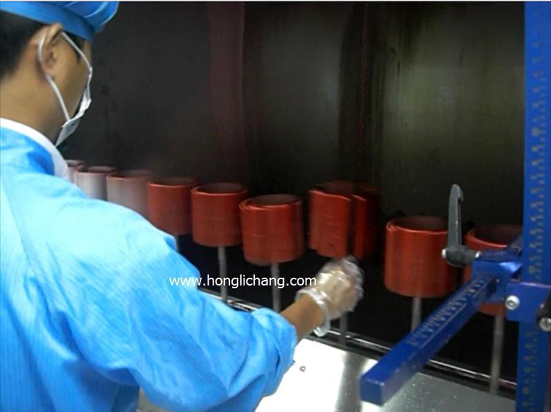 2016 Honglichang Конкурентоспособная Цена Автоматический Пистолет-фиксированной УФ Лак Покрытие Краской Линии