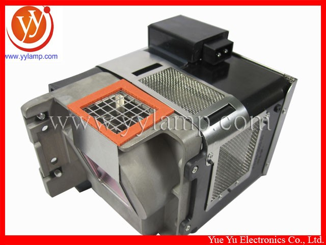 VLT-XD600LP (5).jpg
