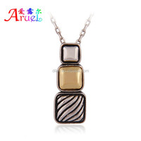 Support small orders have spot unique design style tetris shape smooth decorative pattern leisure sports pendant necklace