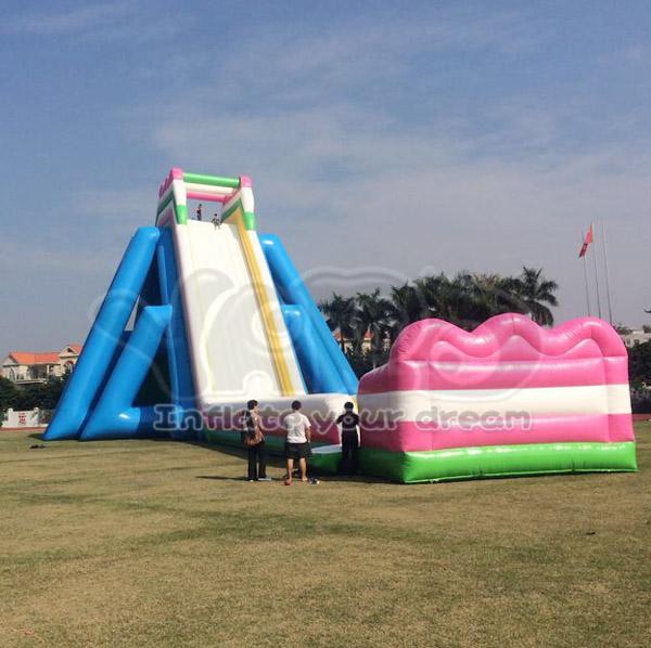 Inflatable Giant Slide: Giant-water-slide-big-beach-inflatable-water.jpg