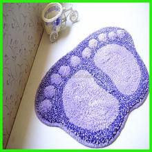 Foot shape door mat