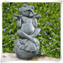 Happy frog sitting on the lotus leaf copper sculpture for garden decor