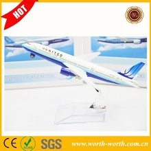 China manufacturer United B747 airplane gift, white airplane model for gift
