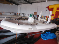 PVC and Hypalon inflatable RIB Boat RIB470W with Fish Well for sale