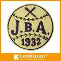 Bordado logotipo del equipo de béisbol parche para la universidad