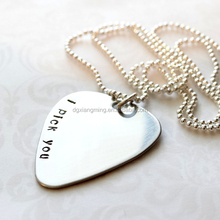 China Jewelry Stainless Steel Guitar Pick Necklace