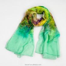 Elegant flowers printed silk scarf +natural pollution-free