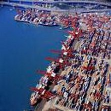 coats shipping to UK with container shipping rates
