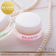 5B216 Aloe Vera Vitamin E Powder Whitening Skin Cream With Sunscreen