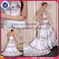 Robe de mode européenne 2014 deep v- cou, broderie blanche sur satin couches jupe blanche et rouge robe de mariée sirène