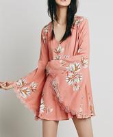 Autumn fashion ladies bell sleeve pink flora print shift mini dress- SYK15200