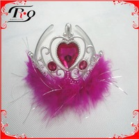 plastic crowns with diamond party crown