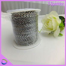 SS16 D shaped rhinestone chain black rhinestone brass cup chain