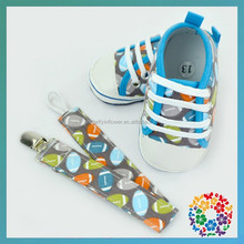 Football old fashioned baby walkers, imported shoes, buy shoe online