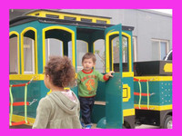 We manufacture electric amusement kids train