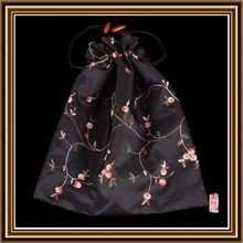 Design useful 100% silk printing drawstring pouches