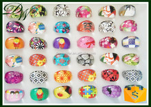 2015 Wholesale Party Promotions Fashion lovely kinds of patterns color acrylic children's acrylic finger ring, jewellery making