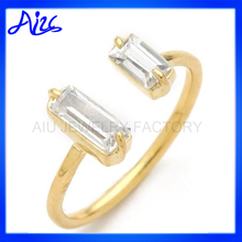 silver base crystal stone thin gold ring finger