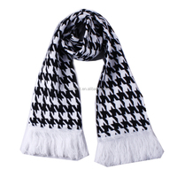 Jacquard Knitted Checked Pattern Sport Fan Scarf