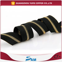 long chain metal teeth zipper roll