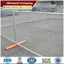 steel chain link mesh barrier fence