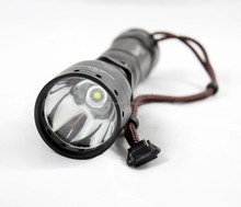 Uniquefire T01 streamlight 1000 lumen 3.7 volt battery husky led flashlight
