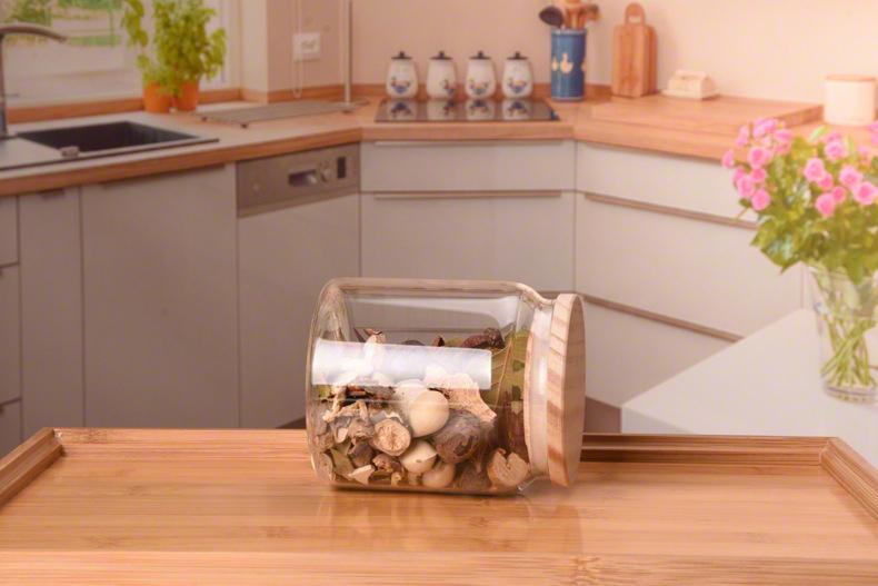 glass-food-jar-wood-lid.jpg