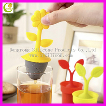 Dongguan manufacturer low price tea infuser colorful silicone and stainless steel tea infuser
