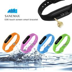 Sanemax Private Smart Bracelet Passed CE&Rohs&FCC certificate Touch Operated IP67 Waterproof Smart Bluetooth Bracelet 2015(E06)