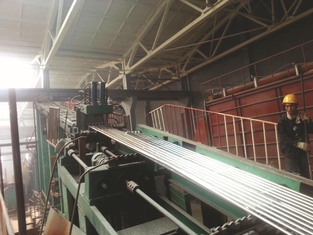 Galvanizing machine.jpg