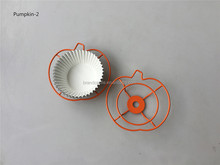 Small pumpkin cupcake rack metal for Halloween