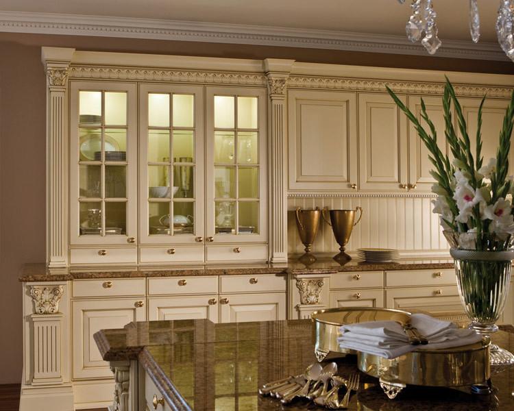 Peinture de cuisine peindre armoires de cuisine en bois - Peindre des armoires en bois ...