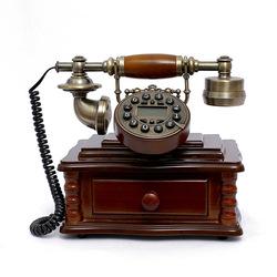 HG Homeart To attain high-end fashion imitation wood antique corded telephones European creative retro antique telephone landlin