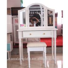 De madera de maquillaje tocador con espejo k/estilo d un juego de escritorio y una silla de europa de color