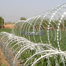 RP ,Galvanized razor barbed wire barbed wire installation , fixing