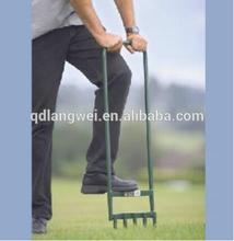 herramienta de la agricultura de césped aireador