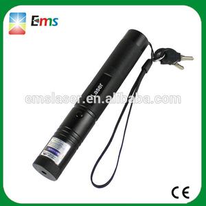uv de alta potencia de luz de la pluma con puntero láser 301interna láser con láser de color púrpura con el avance seguro clave