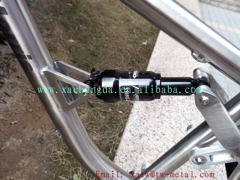 Titanium suspension bike frame54.jpg