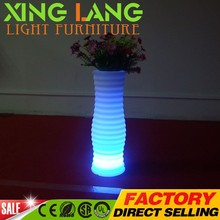 Wholesale popular rechargeable source flash led flood light plastic vase with 16 rgb color changing