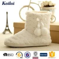 Luxury cheap warm feminine sheep wool boots