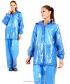Alta calidad azul color de la capa de lluvia / juego de la lluvia / material de PVC para las para mujer
