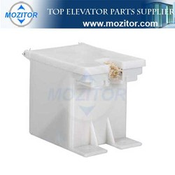 plastic oil can|elevator oil cup|the cheapest cost and usefull elevator spare parts