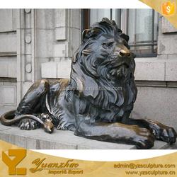 Life Size Bronze Animal Sitting Lion statue for decoration